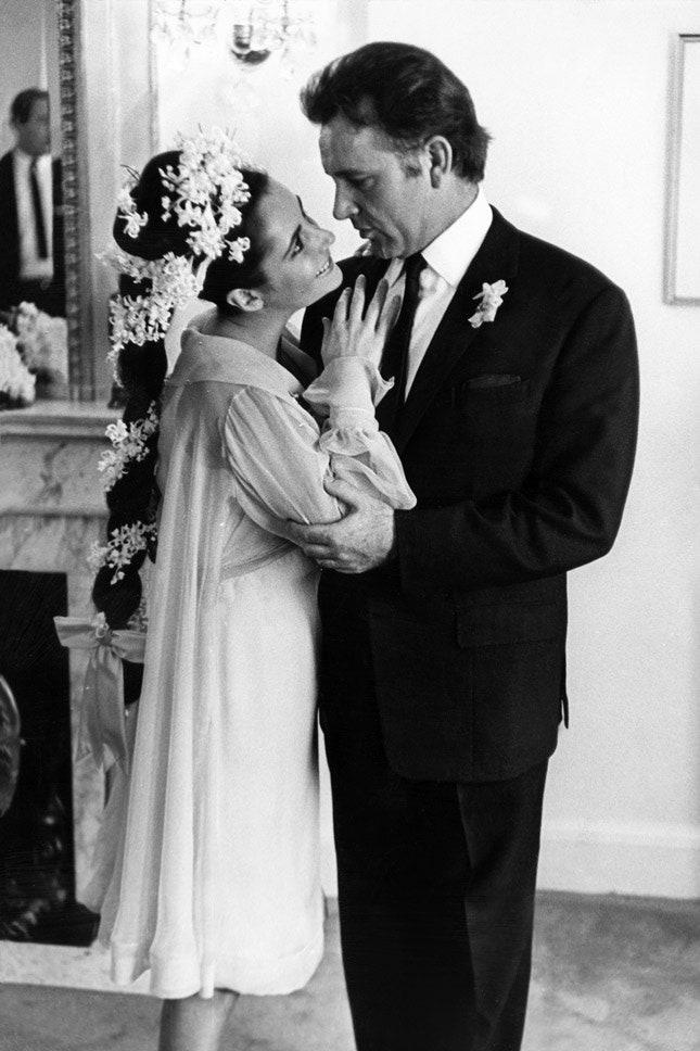 Ричард Бертон и Элизабет Тейлор в Irene Sharaff, март 1964